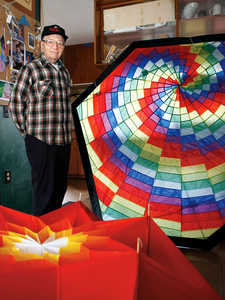'Kite Lady' leaves legacy of flying - Mid-Columbia News | Tri-City Herald : Mid-Columbia news
